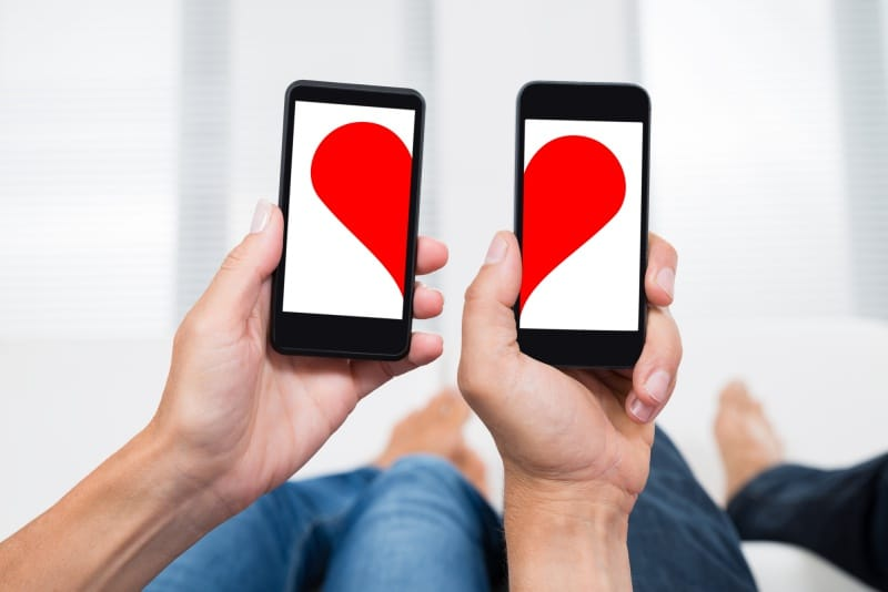 The Top 10 Secrets to Finding A Boyfriend on Tinder