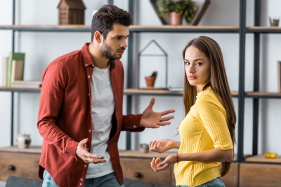The Relationship With A Narcissist: What It's Like And How To Handle It